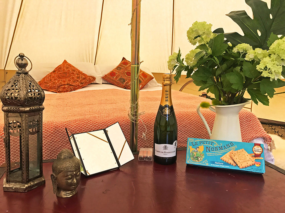 Hire Glamping Camping Wedding Festival Honeymoon Suite France