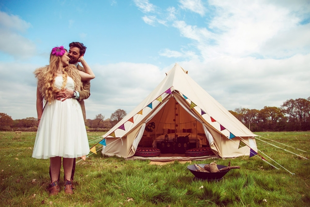 Wedding couple with Luxury Bell tent